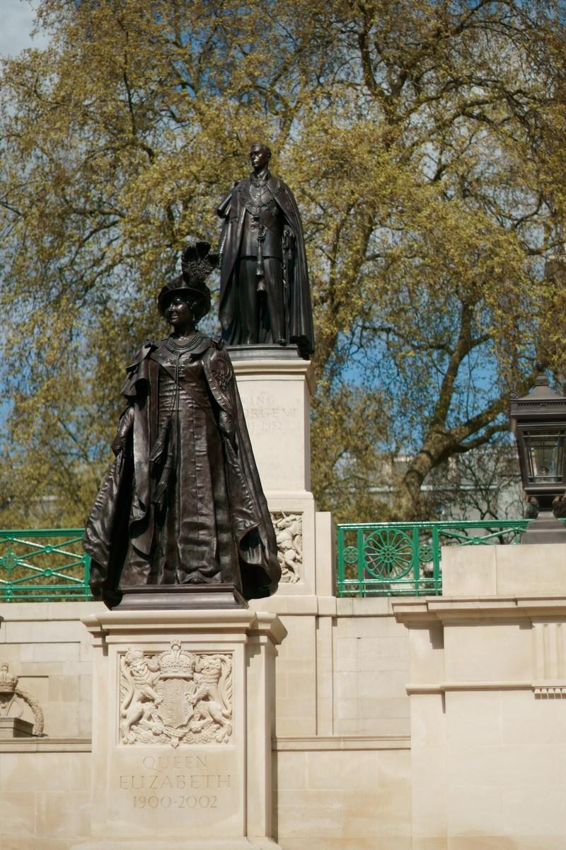 Statuen nahe des Buckingham Palace